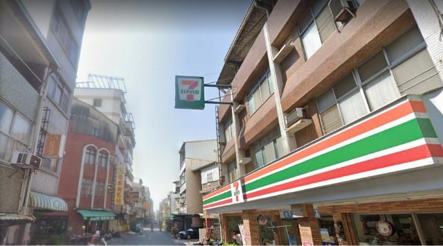 裕豐街面寬大透天,台南市東區裕豐街
