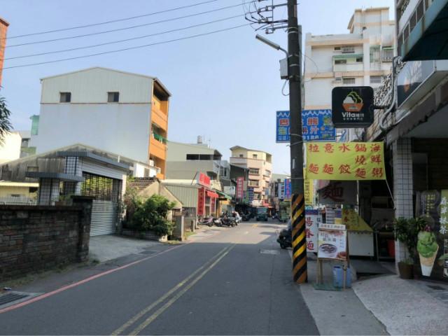 夢時代採光三房,台南市東區富農街二段