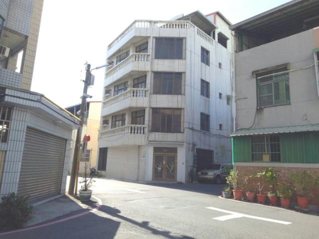夢時代三角窗大器店住,台南市東區東門路二段