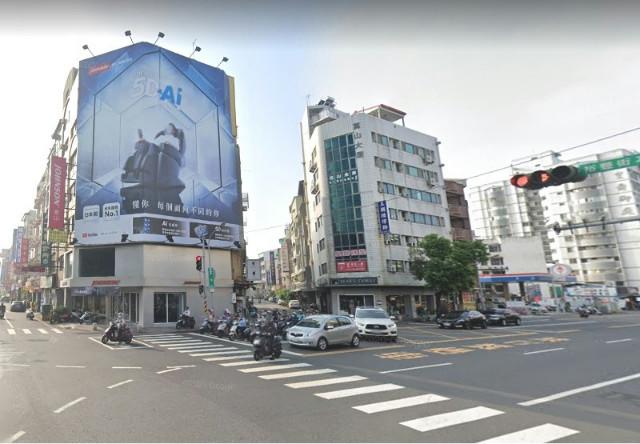 崇信街面寬店住,台南市東區崇信街